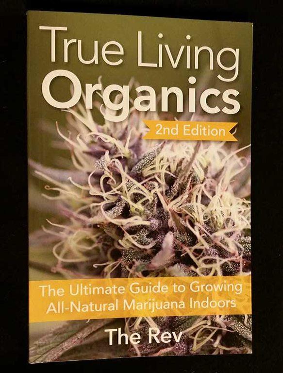 true-living-organics-W.jpg